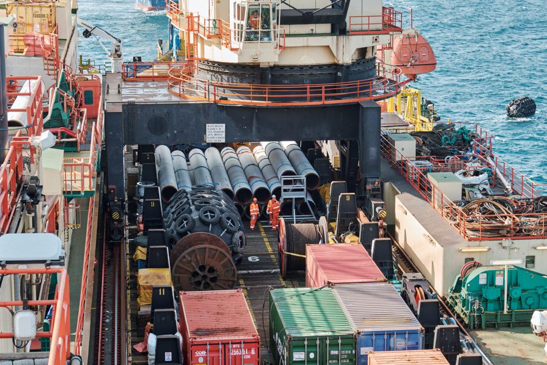 LA CASTORO SEI DI SAIPEM PROCEDE IN ADRIATICO: IL GASDOTTO TAP COMPLETATO AL 93,5% - Pipeline News -  - News